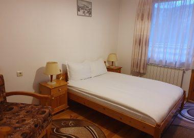 Хотел Ягодина двойна стая Стандарт